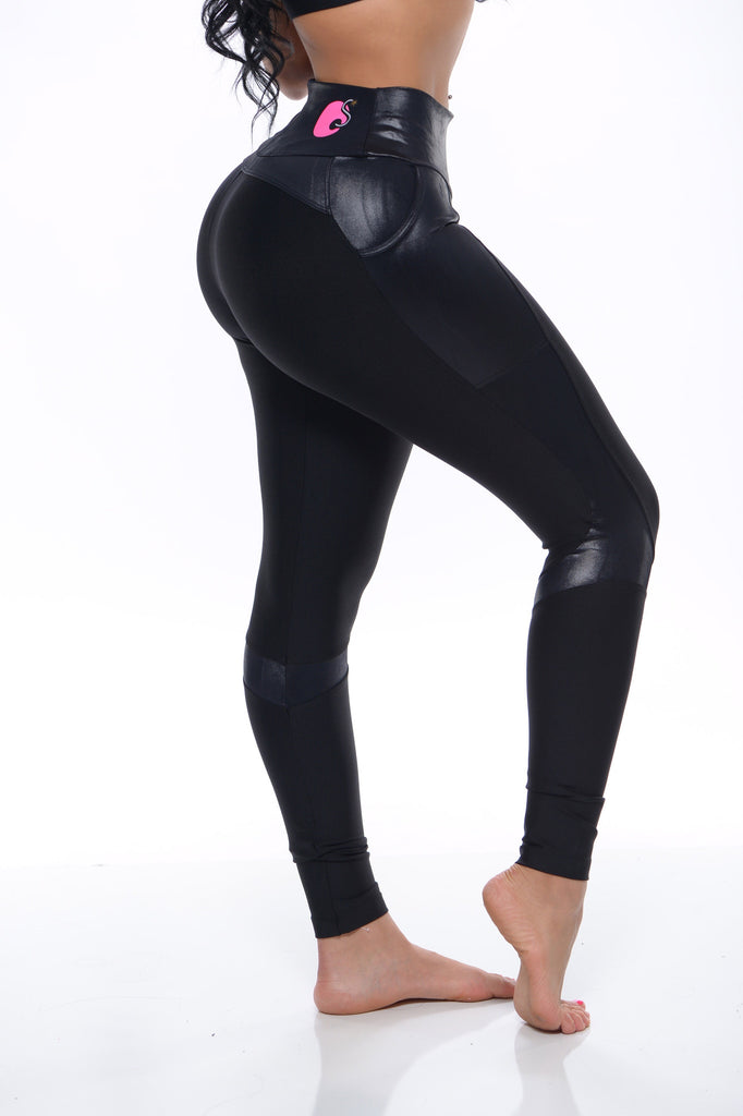 """Black Out"" Pocket Leggings"