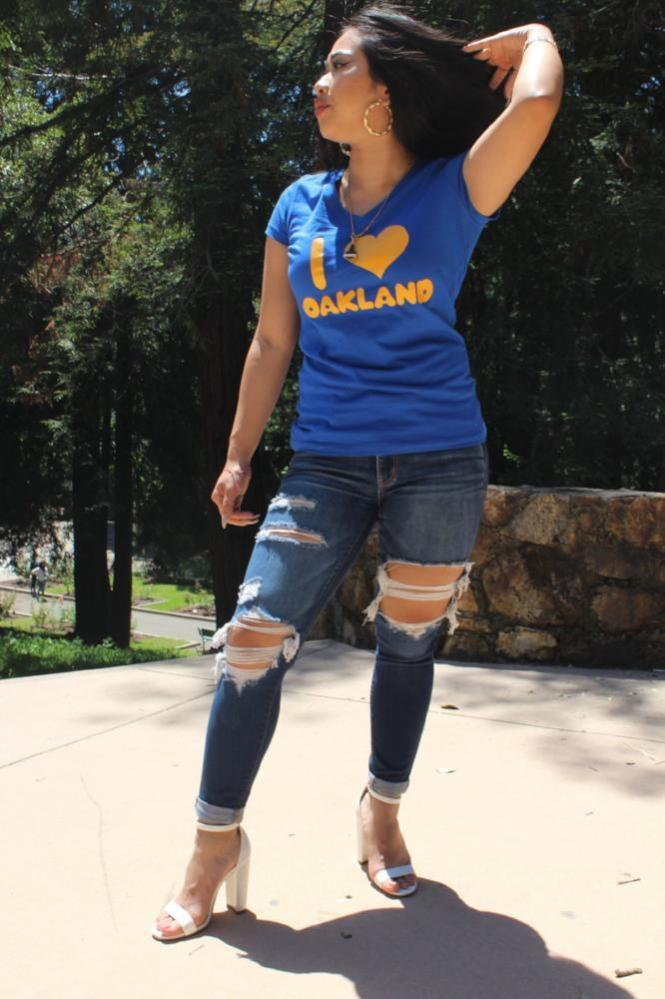 Women's blue & yellow tee v-neck