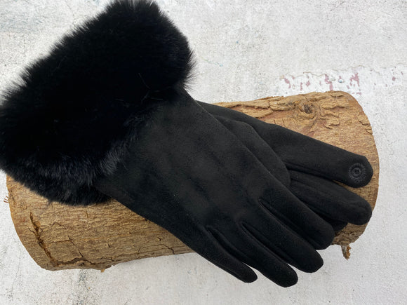 Black Gloves With Fur Trim