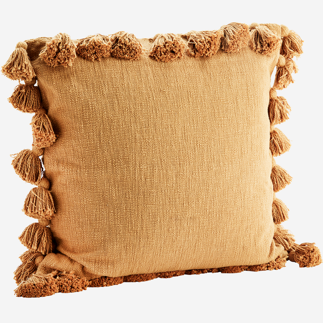 Cushion cover tassels