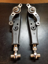 Load image into Gallery viewer, Z31 adjustable front lower control arms