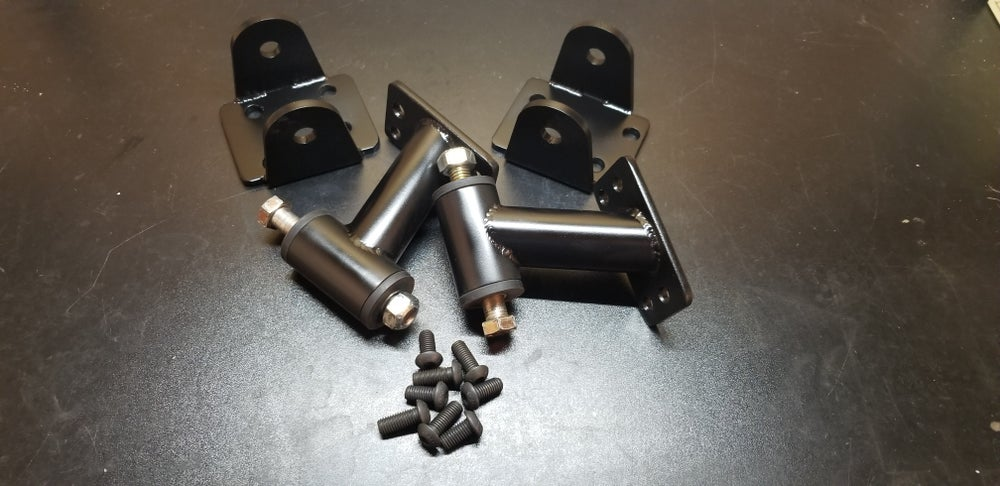 68-73 510 vg30e/33e swap mounts
