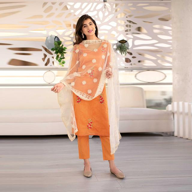 Orange Thread Work Kurta Set With White Dupatta