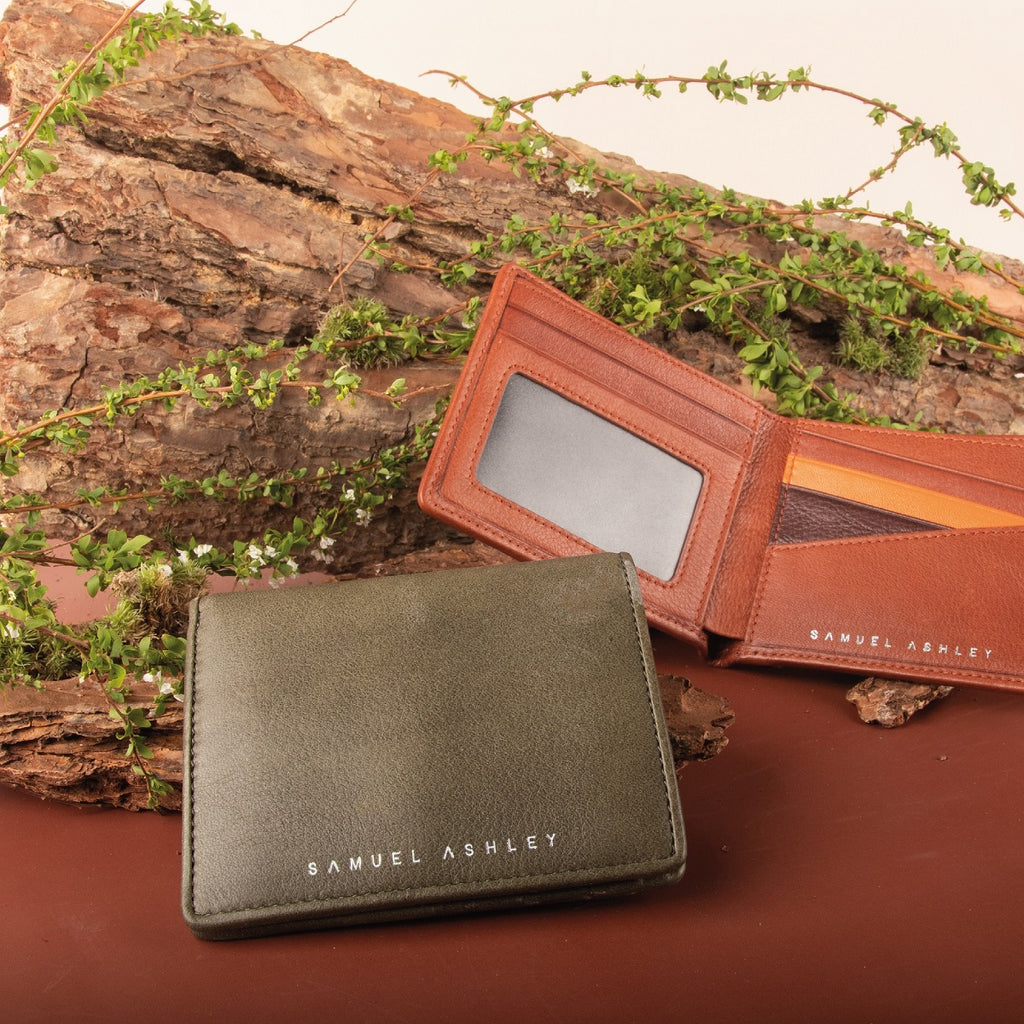 Cayman Bi-fold Leather Wallet (RFID) - Samuel Ashley