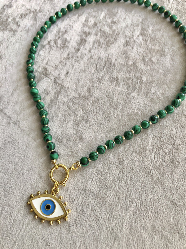 Eye Green Necklace