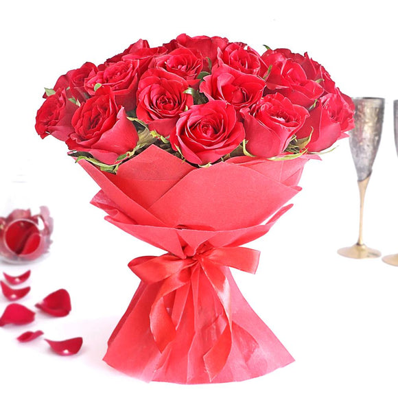 30 Red Roses Hand Bouquet - Carnations Florist Malaysia