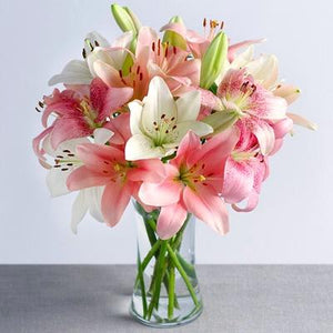 Asiatic Lilies in Vase - Carnations Florist Malaysia
