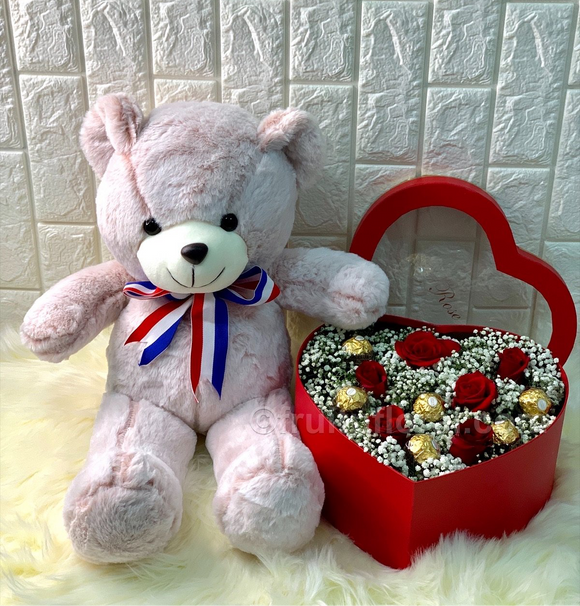 Bear, Roses and Choc - Carnations Florist Malaysia