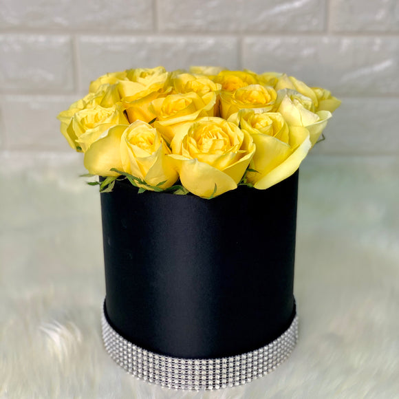 Luxe Yellow Roses - Carnations Florist Malaysia