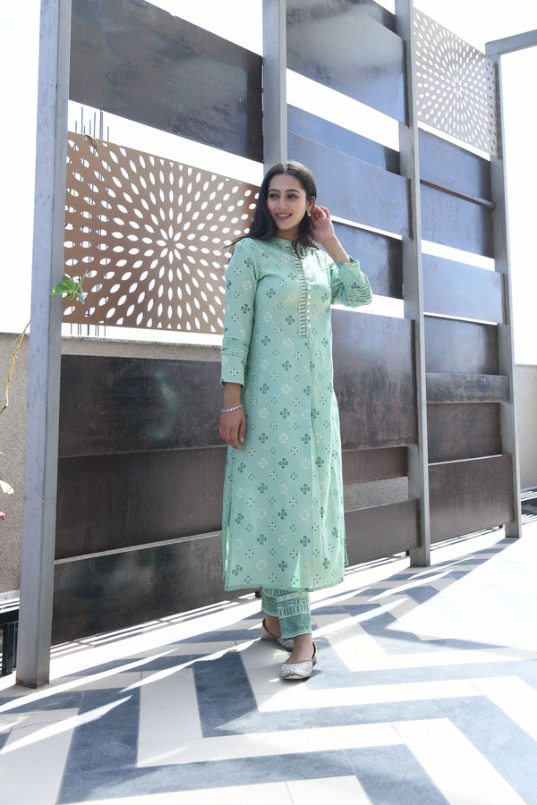 GREEN PRINTED HANDWORK KURTA WITH PANT SET