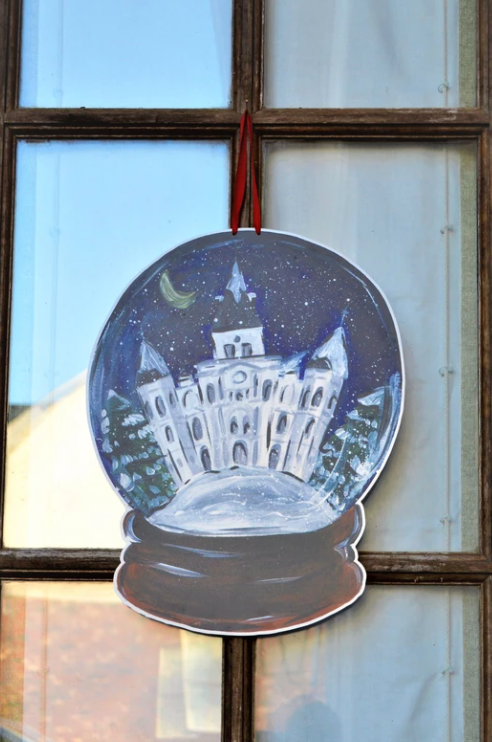 Snow Globe Cathedral Door Hanger