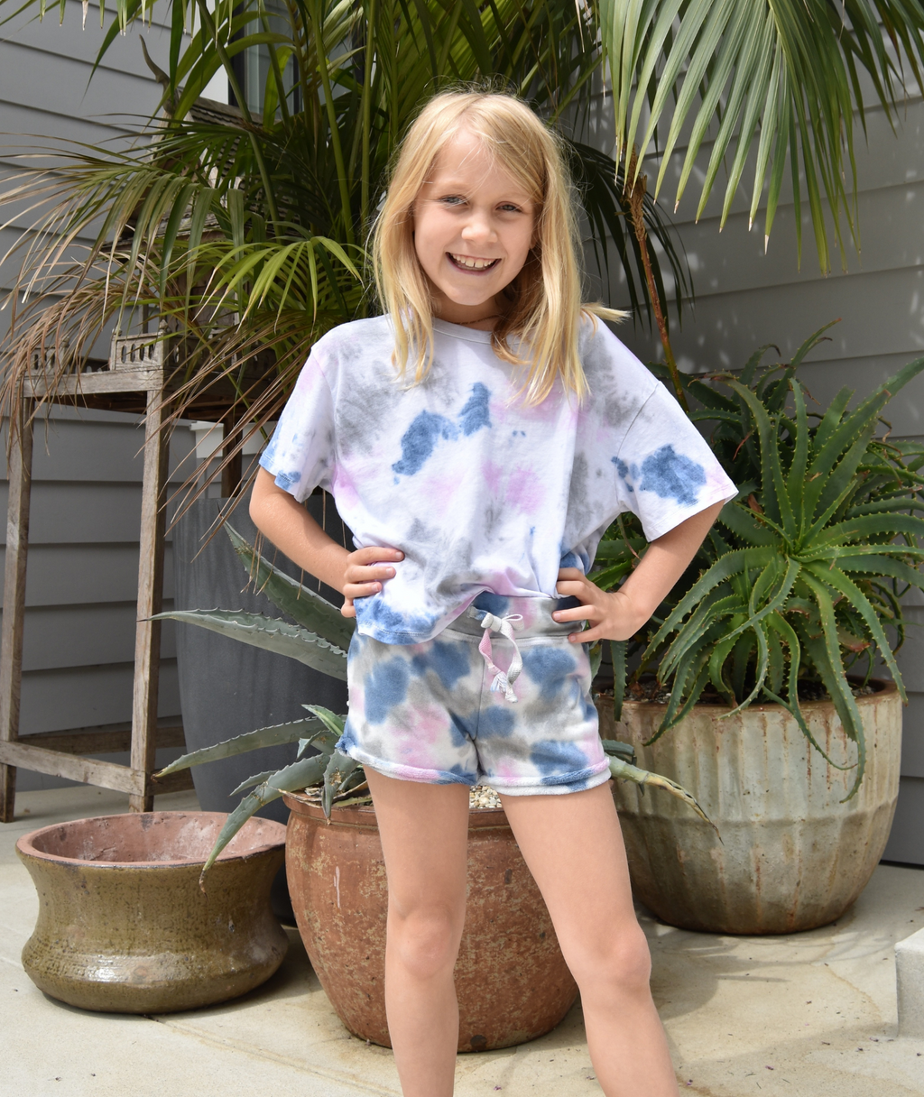 T2 Love Girls Tie Dye Raw Edge Shorts With Pocket