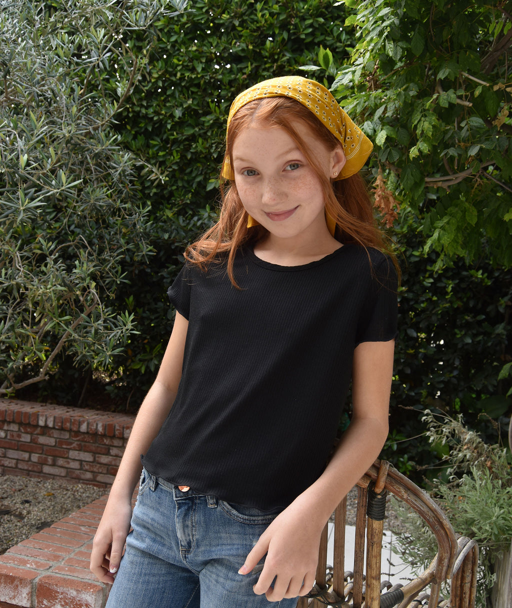 Pinc Premium Girls Black Lettuce Trim Crop Tee