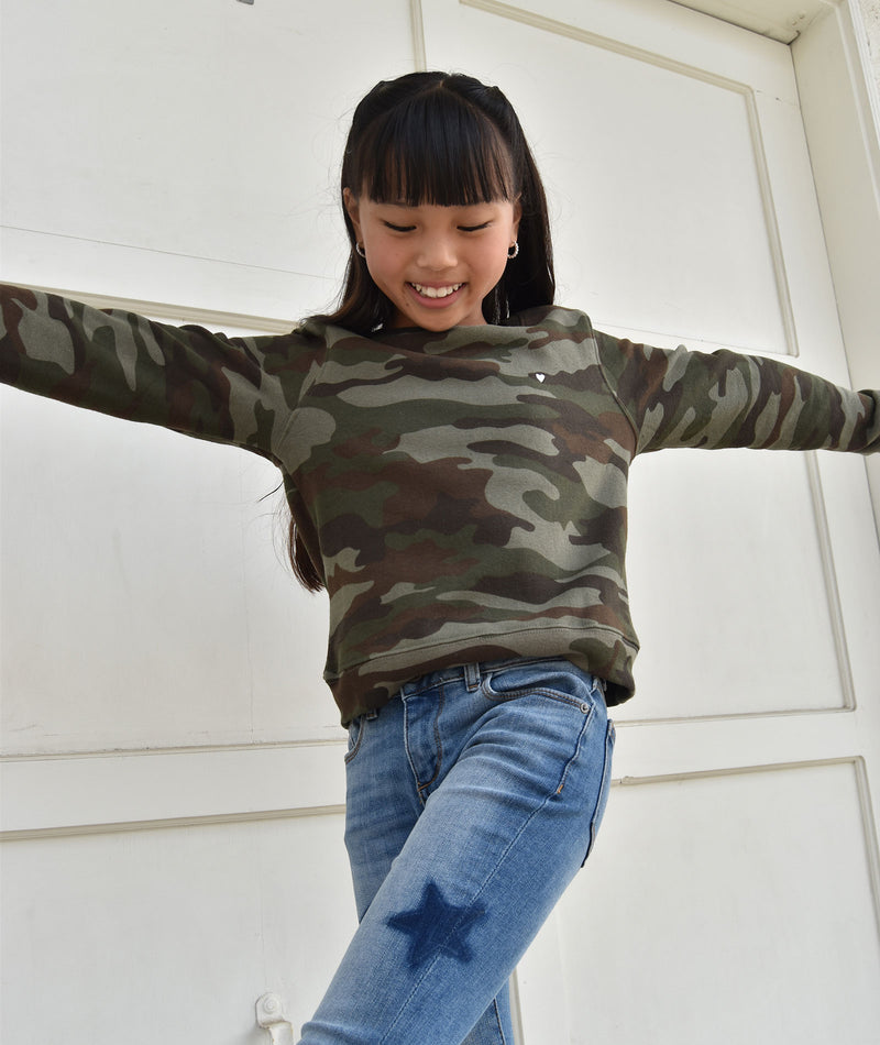 Sub_Urban Riot Girls Selena Heart Camo Sweatshirt