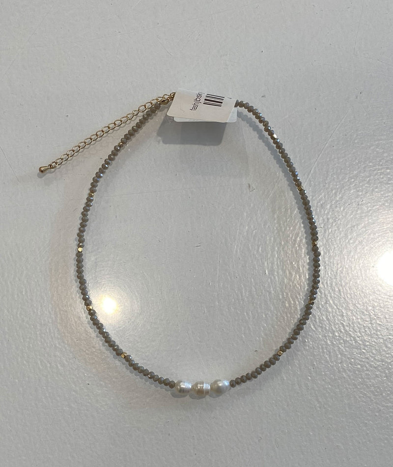 Fashionista J Grey Pearl Choker Necklace