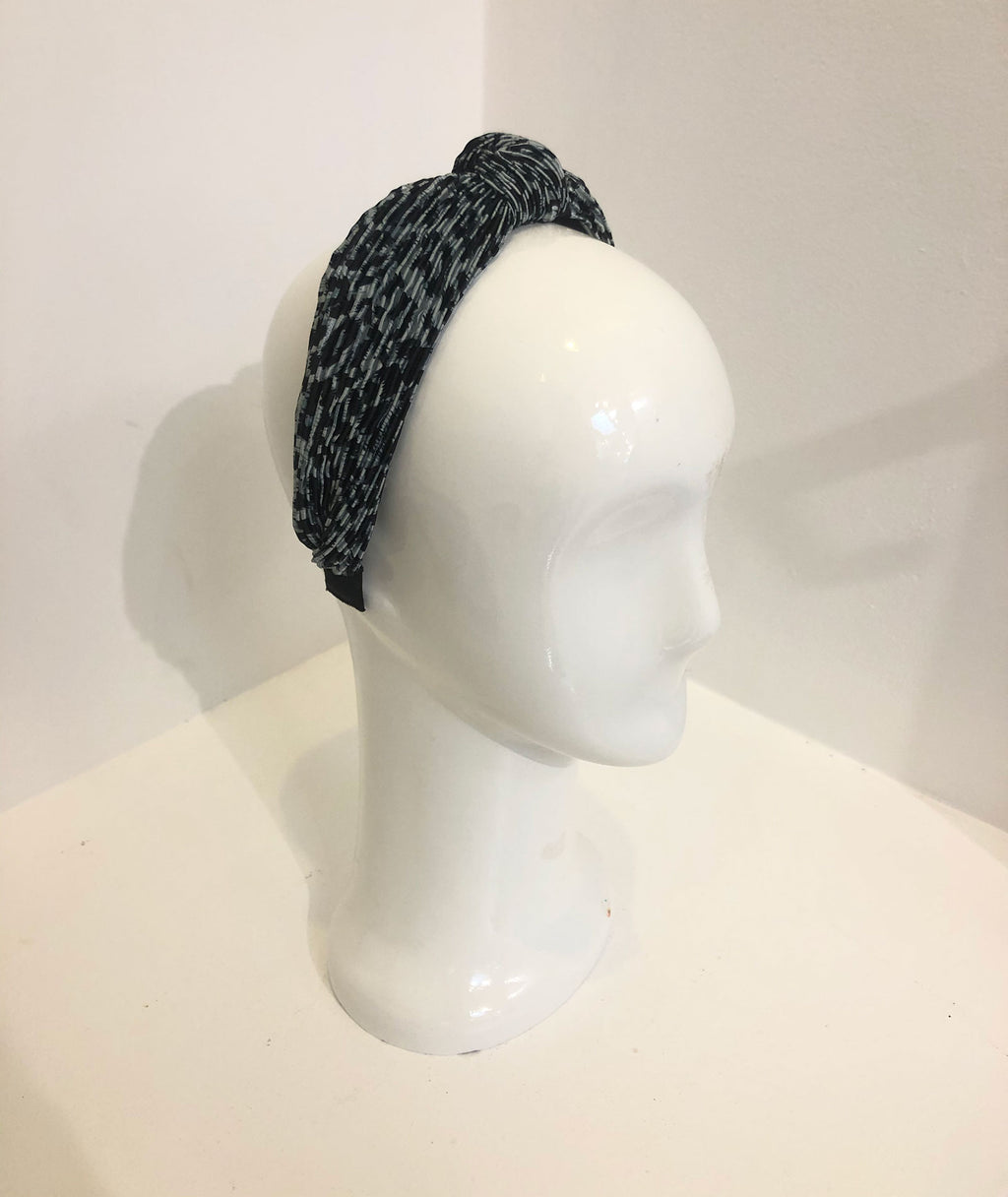 Fashionista J Pleated Headband