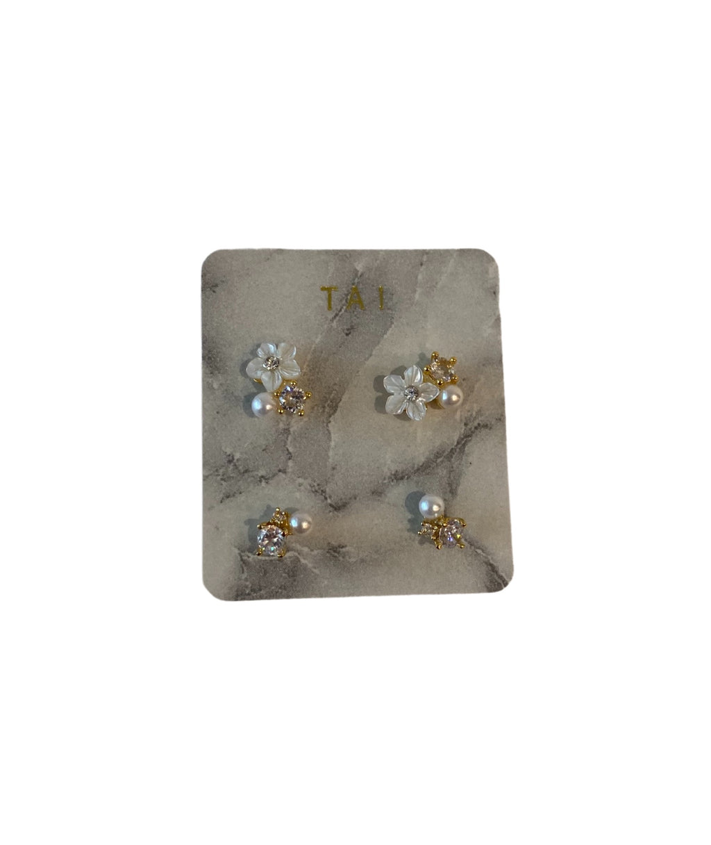 Tai Set of 2 Flower Cluster Gold Studs