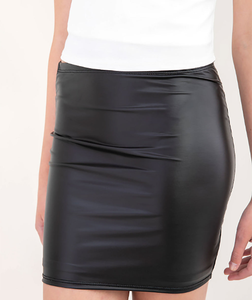 Un Deux Trois Girls Black Pleather Skirt