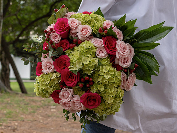 La Florela bouquet - red roses for valentines day