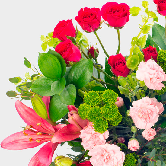 What to give my girlfriend on her birthday - lilies - la florela