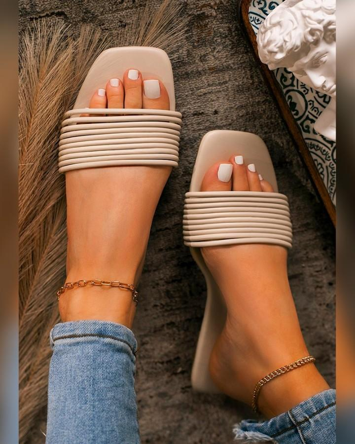 Solid One Bandage Square-toe Flat Slippers