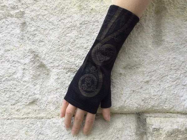 KATE WATTS GLOVES BLACK FERN