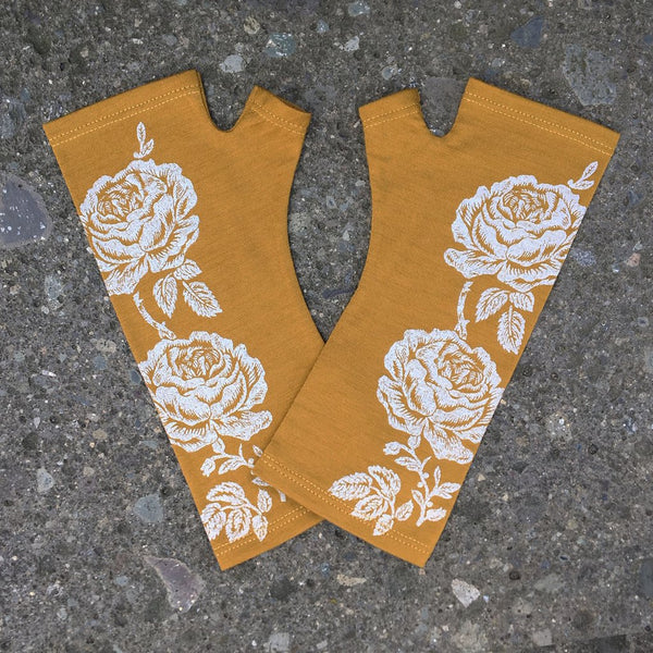 KATE WATTS GLOVES MUSTARD ROSE