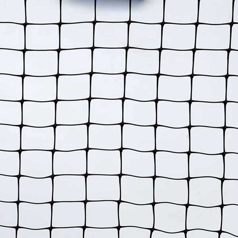 Knowle Nets - Pond Netting - 25mm x 30mm heavy duty moulded mesh-studio shot