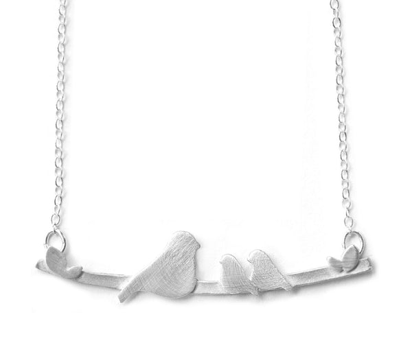Nesting w/ 2 Babies Birds Necklace