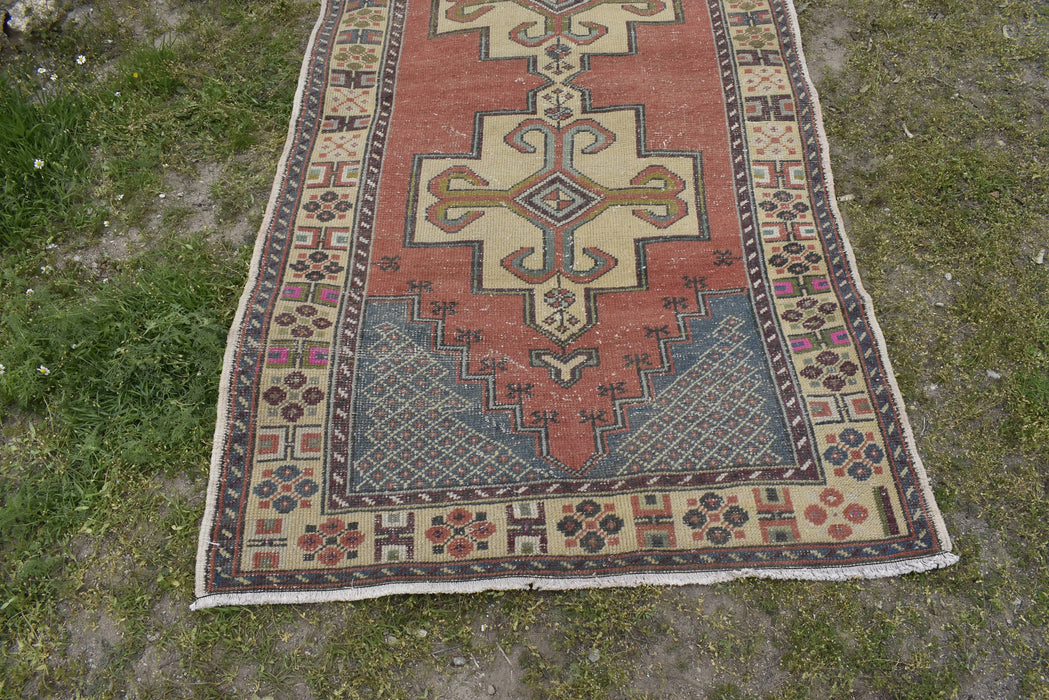 Low Pile Rug, Tribal Rug, Distressed Rug, Vintage Turkish Rug, Oushak Rug, Handmade Rug  4.10 x 8.1 ft , Anatolian Rug, Boho Decor #TR2065