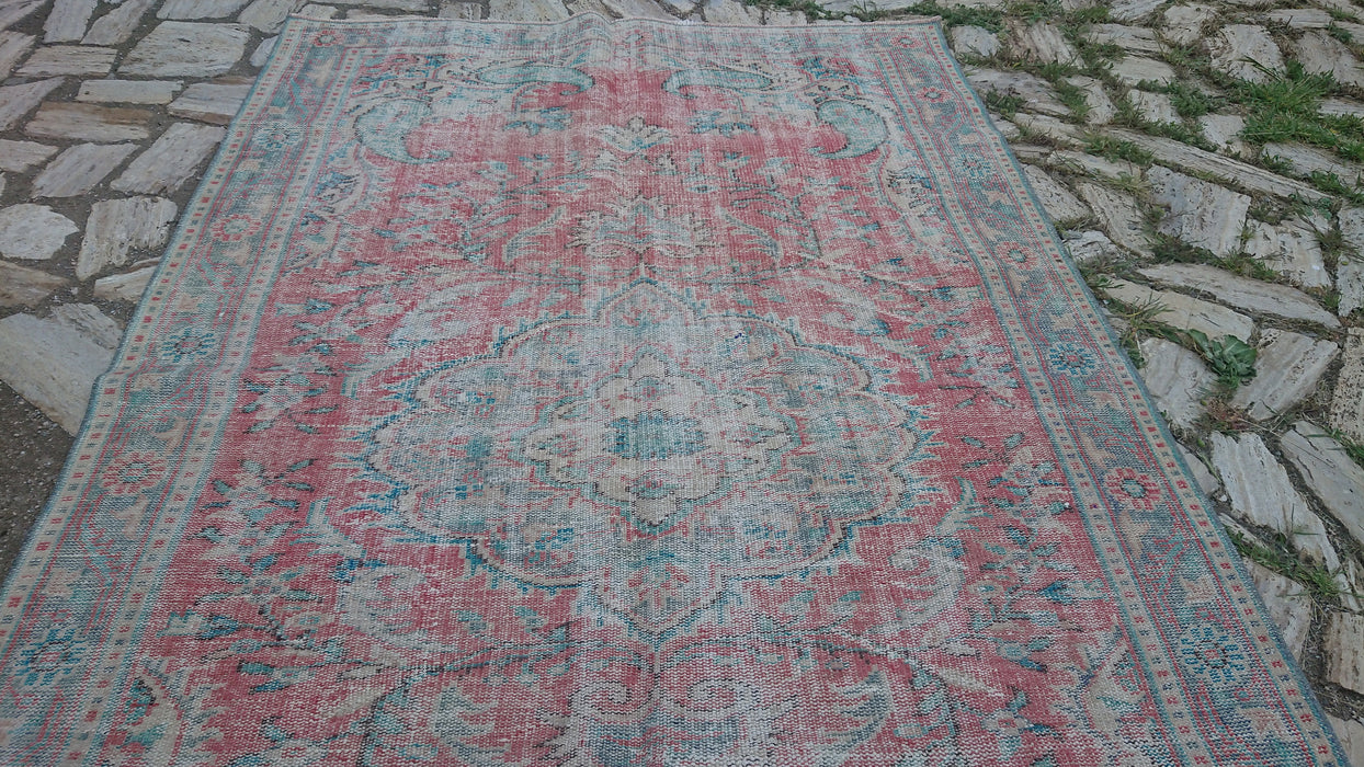 oversized rug, FREE SHIPPING, 5.7 x 9.0 ft , room size rug, low pile rug, distressed large rug, living room rug, bedroom rug, unique #TR2991