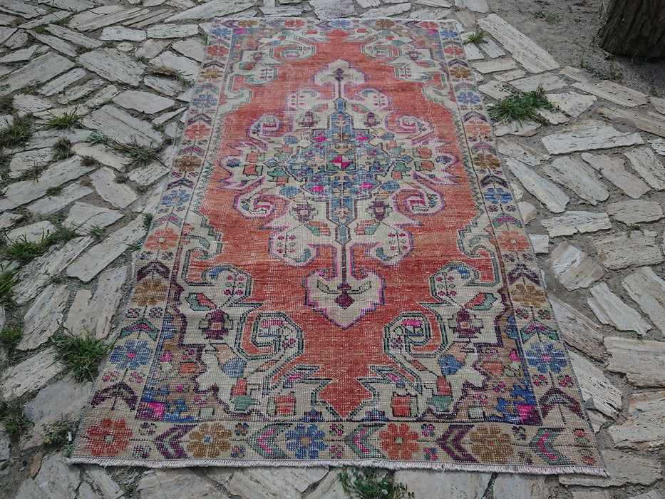 Muted Turkish Rug , Hand Knotted Rug , Vintage Rug, 4.3 x 7.3 ft , Free SHIPPING, Bedroom Area Rug , Nomadic Wool rug , Living Room #TR2891