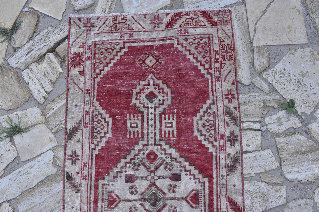 bohemian rug, handmade rug, distressed rug, low pile rug, 2.3 x 4.9  ft , red and white rug, cotton rug, carpets, antique rug, floor #TR7481
