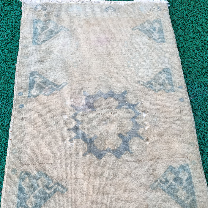 vintage rugs, white rugs, small rugs, 1.10 x 3.4 ft , faded rugs, muted rugs, Free Shipping, pastel rugs, doormat rugs, turkish rug #TR7055