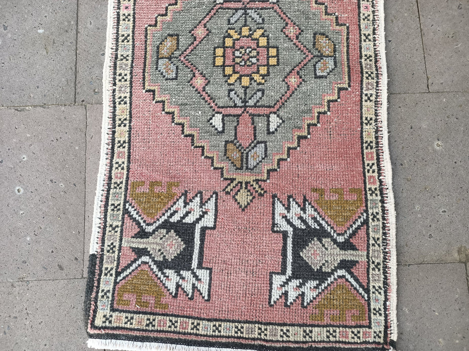 pale pink small rugs, 1.9 x 3.4 ft , low pile rug, turkish rugs, area rugs, handmade rugs, carpets, hand wowen rugs, doormat rugs #TR2760
