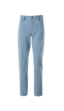 Lade das Bild in den Galerie-Viewer, High Rise Jeans slim cut light blue