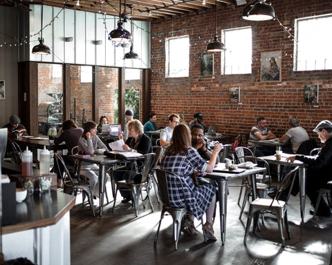 10 ways to build customer loyalty for your cafe business