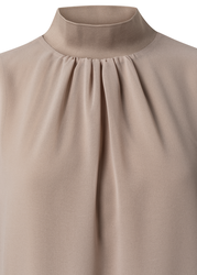 Yaya layered top with stand up collar dunes