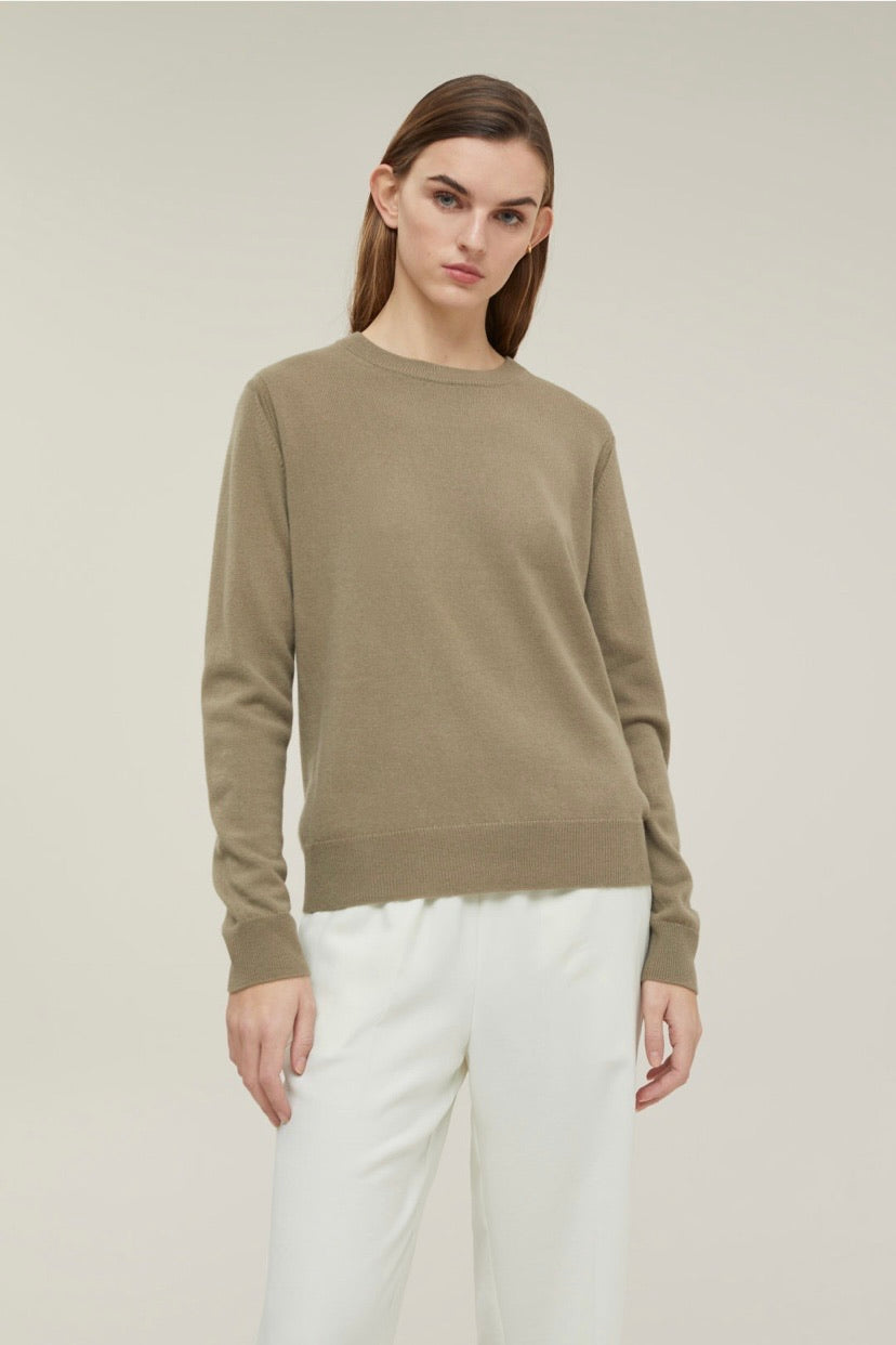 Closed pure cashmere crew neck sweater green umber