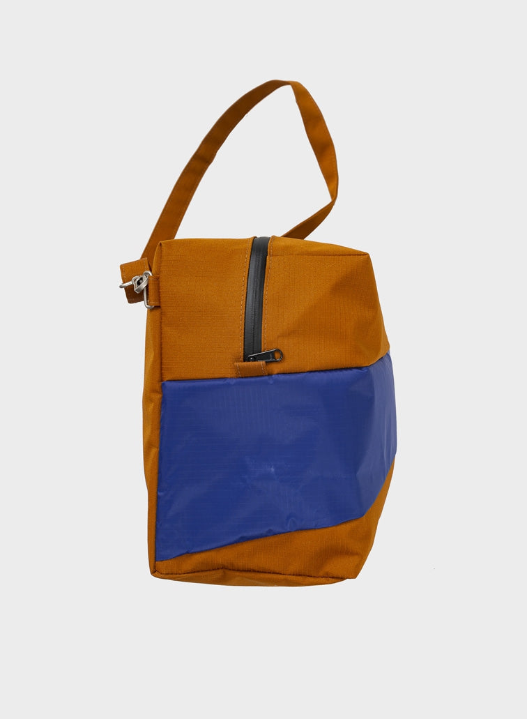 The New 24/7 Bag Sample & Electric Blue