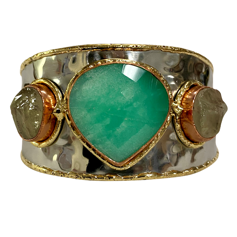 [CAR-2489] Gold White Metal Cuff with Green Amethyst & Chrysoprase