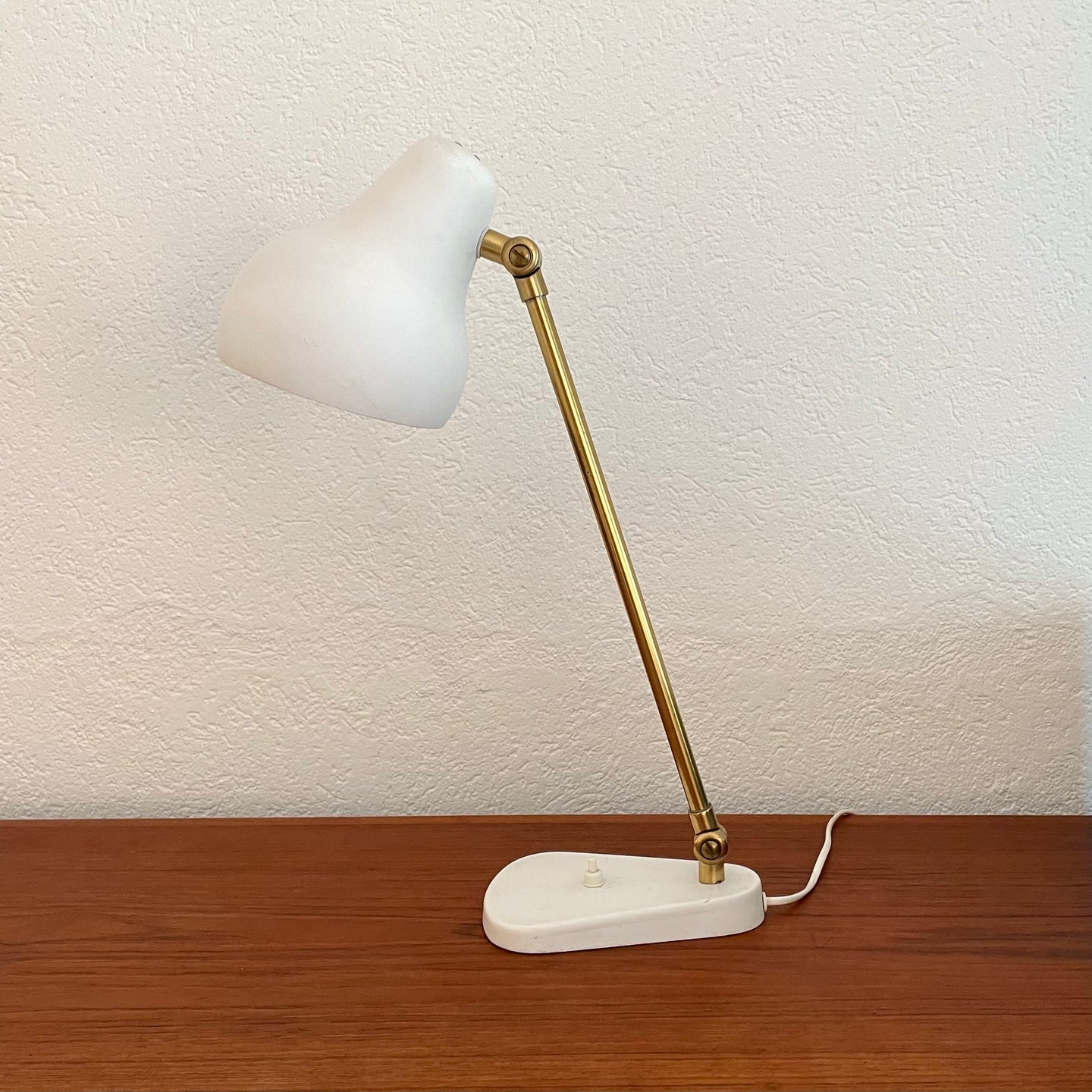 Radiohuset, Table lamp