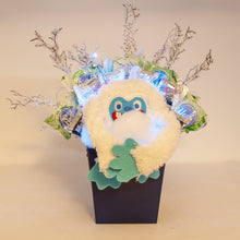 Load image into Gallery viewer, Abominable Snowman Candy Bouquet Lights On