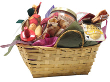 Load image into Gallery viewer, Autumn Inspired Idaho Specialty Food Basket Side