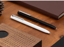 Load image into Gallery viewer, Xiaomi Pen Mijia Pen Mi Sign Pens With 0.5mm Swiss Refill 143mm Rolling Roller Black ink Xiomi Signing Ballpoint Pens for School