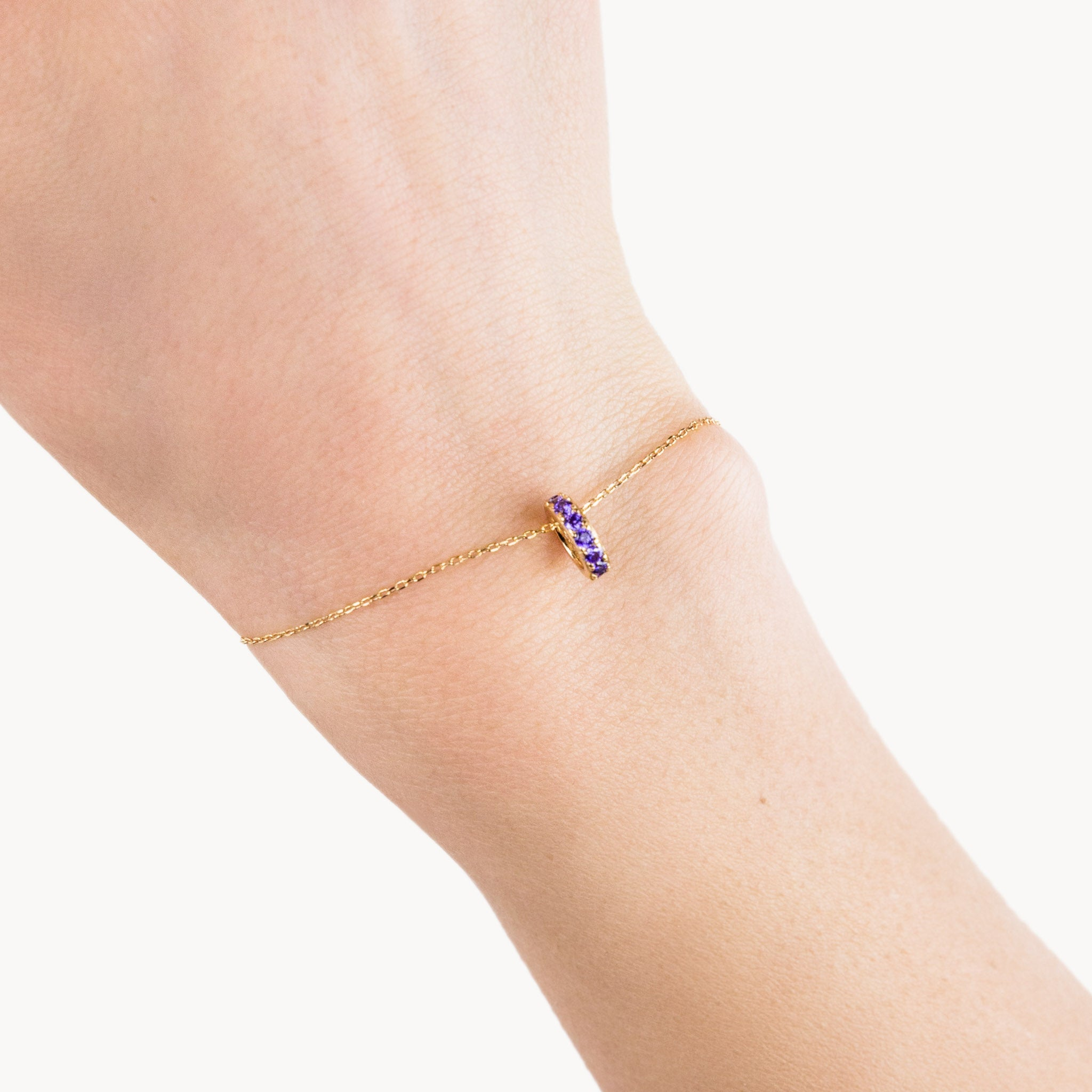 Gold Violet Shiny Circle Bracelet