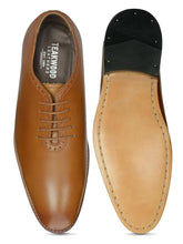 Load image into Gallery viewer, Teakwood Genuine Leather Oxford shoes
