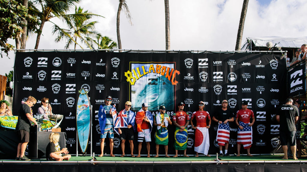 Provisional Olympic qualifiers at the 2019 Billabong Pipe Masters © WSL / Ed Sloane
