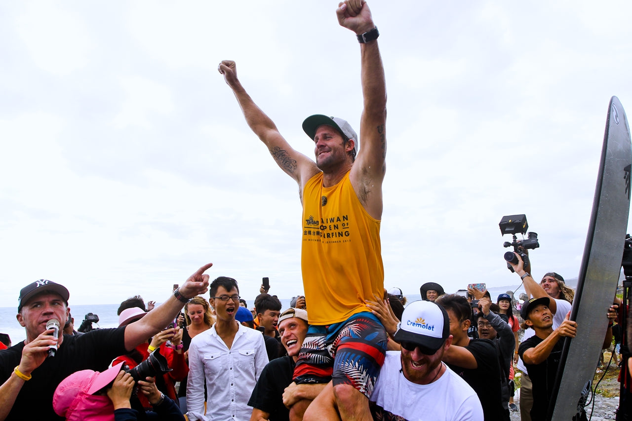Taylor Jensen Claims Third World Longboard Title