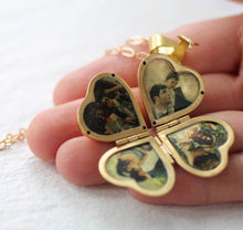 Load image into Gallery viewer, Loced Calon Ffrindiau a Theulu / Friends and Family Heart Necklace